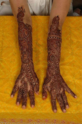 latest-traditional-indian-mehndi-designs-pattern-2017-for-hands-8