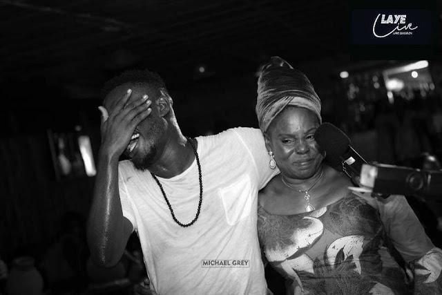 Afrobeat singer Laye broke down in tear on stage