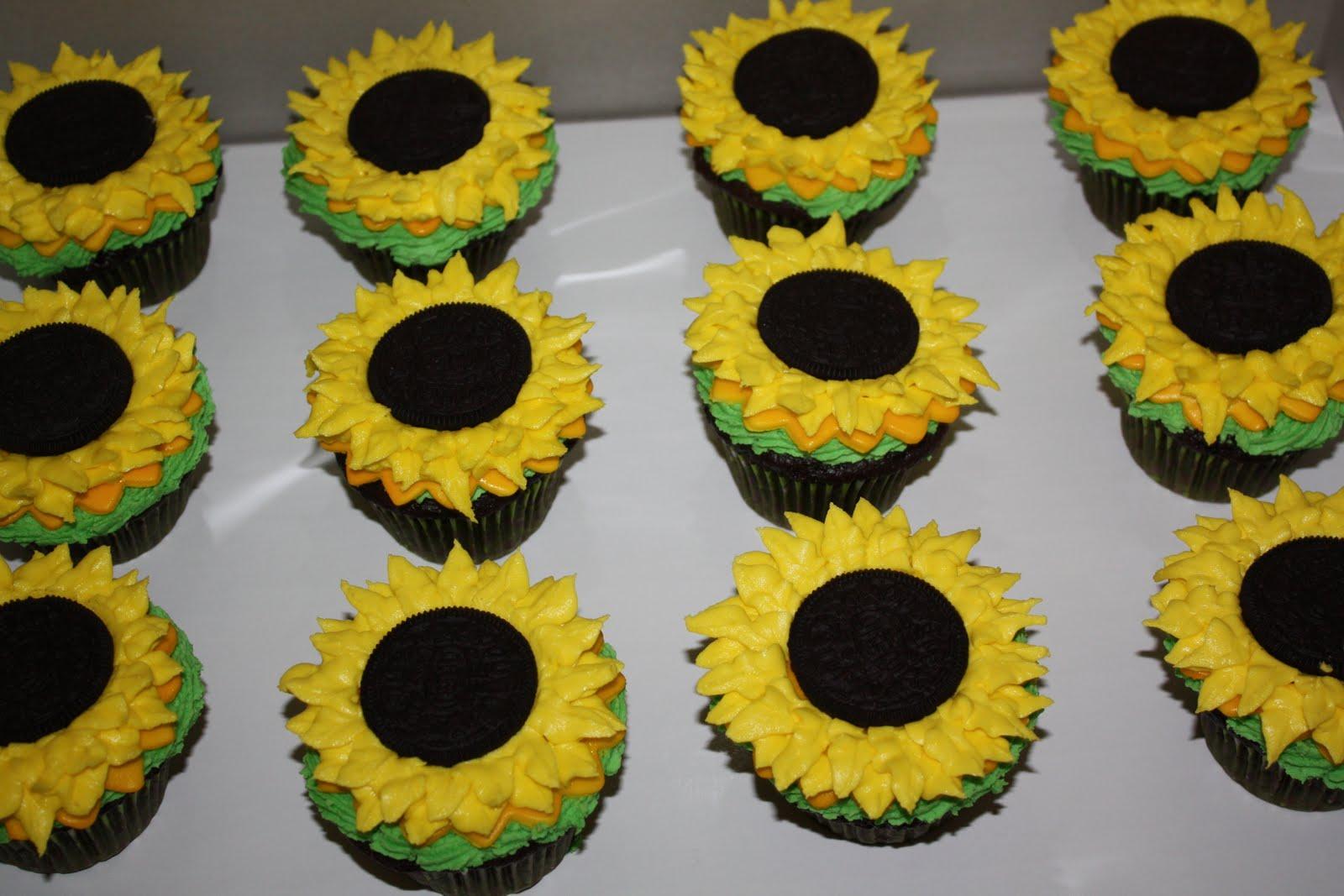 The Cake Mama Sunflower Cupcakes