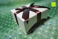 Box Seite: AmorWing 10mm Obsidian und Ruby Zoisit Gebetsarmband vom Einfachen Stil für Damen/Herren