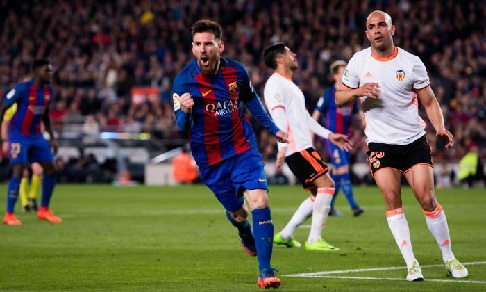 Celta Vigo 2-2 Barcelona: Ten-man Barca hold on to maintain unbeaten run