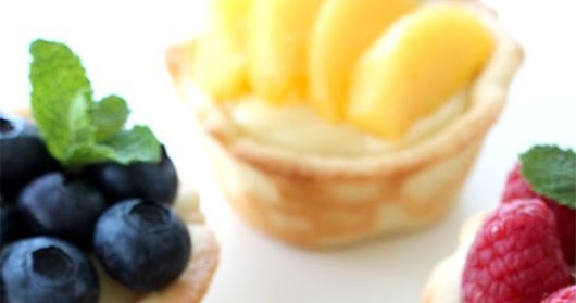 SUMMERY FRUIT TARTS