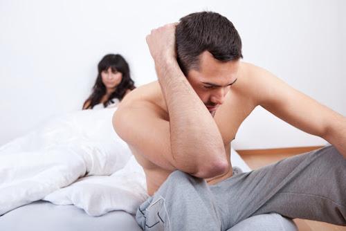 Quan hệ trong lúc vợ ngủ nhưng cô ấy chả biết gì
