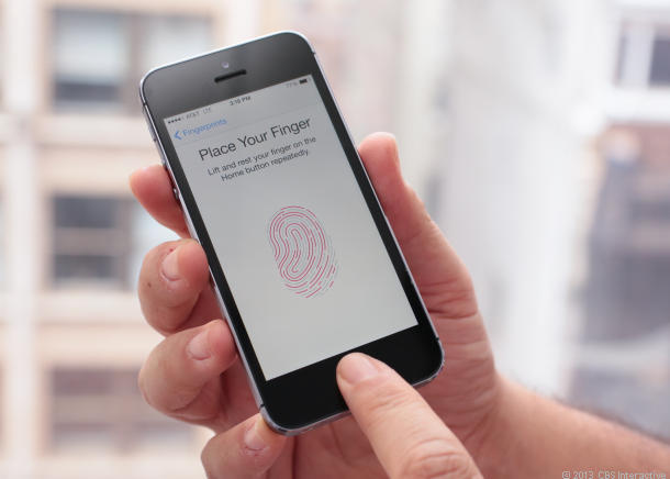 Apple: Never Worked On Under Display Touch ID, As KGI Says 2018 iPhone Models Won't Have TrueDepth For Rear Camera,