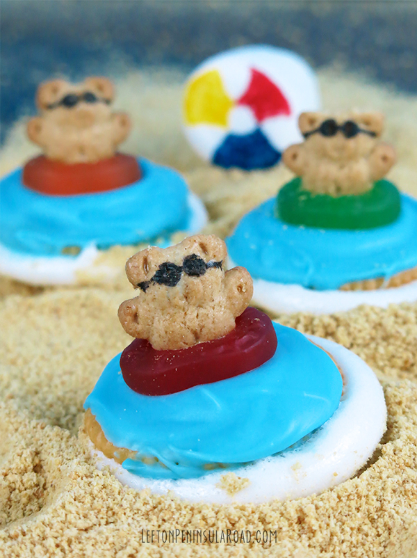 Beach Party Microwave S'mores for Summer Parties