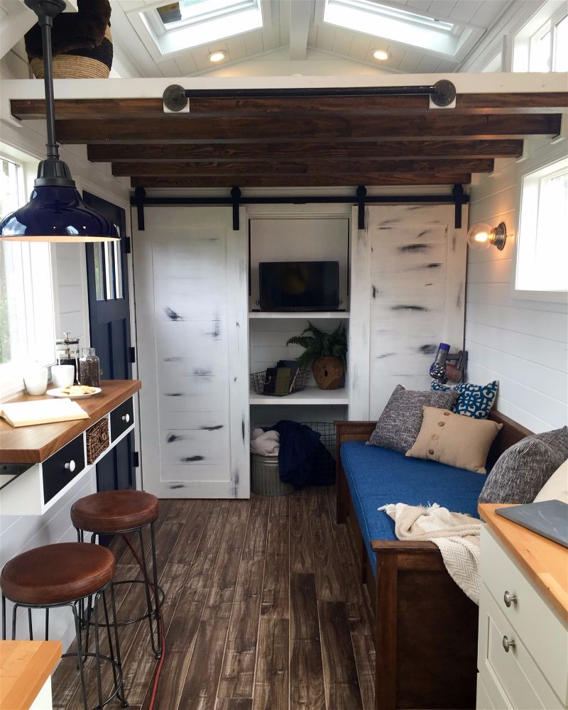 Tiny Home Designs: TINY HOUSE TOWN: The Texas Tiny Home (210 Sq Ft