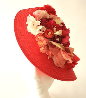 PV 2018 Rojo Nude Tocado Sombrero
