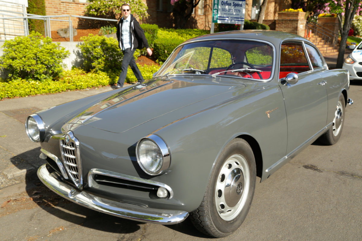 old parked cars 1958 alfa romeo giulietta sprint veloce. Black Bedroom Furniture Sets. Home Design Ideas