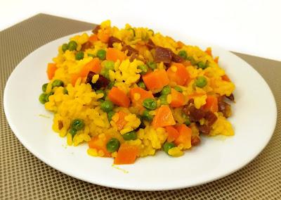 ARROZ CON VERDURAS Y JAMON AL MICROONDAS la cocinera novata receta cocina gastronomia bajo en calorias microondas pobre economica verduras