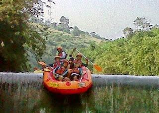 Rafting, Arung Jeram, Paket Rafting di Bogor, Paket arung jeram di Bogor, Rafting sungai di Bogor