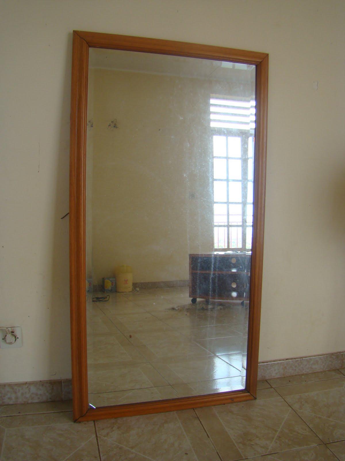 occaz 39 a vendre grand miroir mural. Black Bedroom Furniture Sets. Home Design Ideas