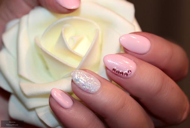 rosalind claresa pastelowe paznokcie