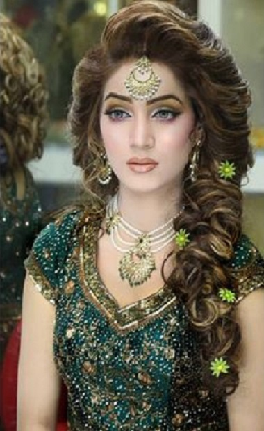 Pleasant Latest Asian Bridal Hairstyles For Brides 2016 New Trends In Fashion Hairstyle Inspiration Daily Dogsangcom