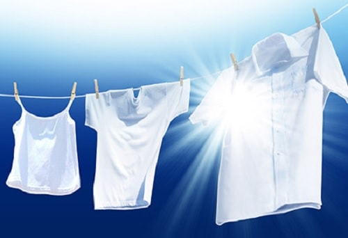 Consejos de cómo blanquear la ropa sin cloro usando productos naturales