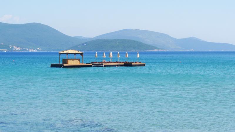 Balkan So Hard #3: Almara Beach Club | Posh, Broke, & Bored