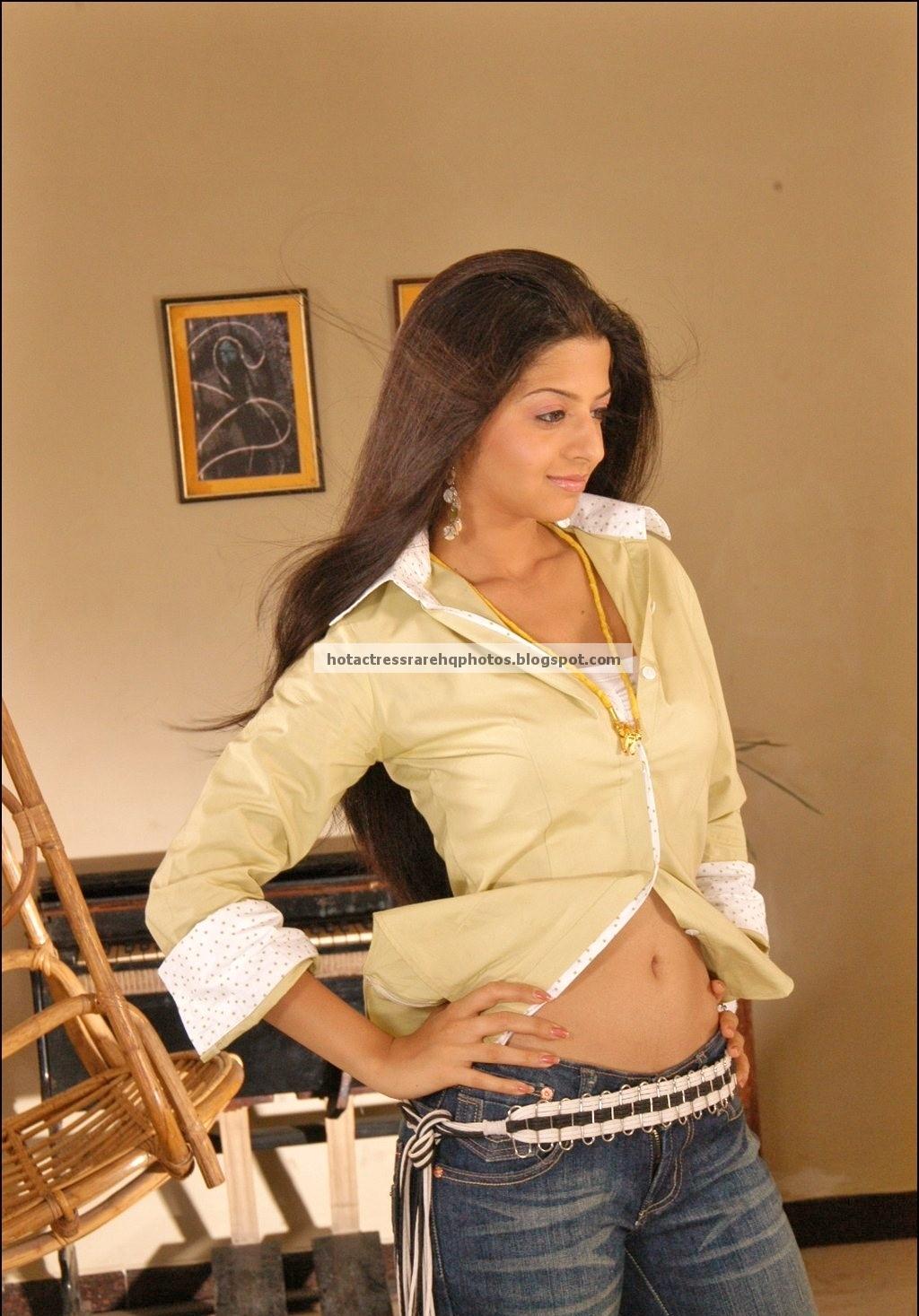 Hot Indian Actress Rare Hq Photos Tamil Actress Vedhika -8276
