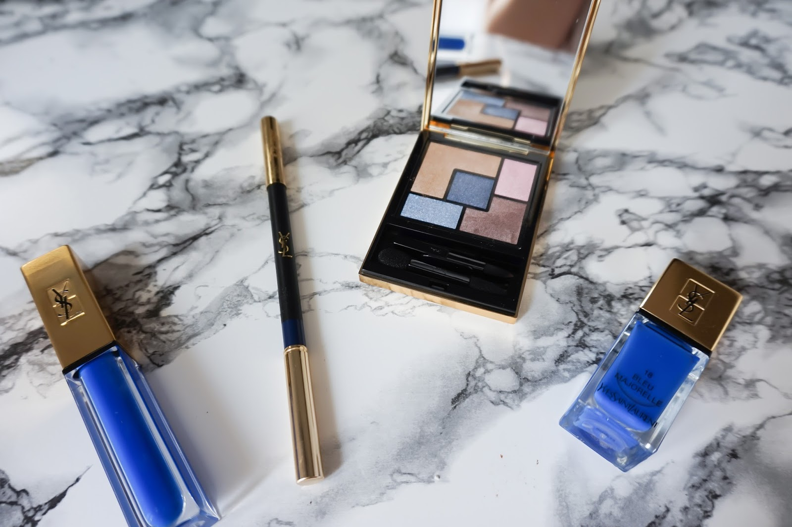 parisian fashion blogger, meetmeinparee, ysl makeup, how to wear blue mascara