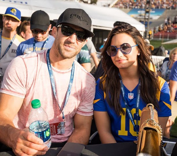 Demi Lovato Goes Out On Public With Luke Rockhold For The First Time