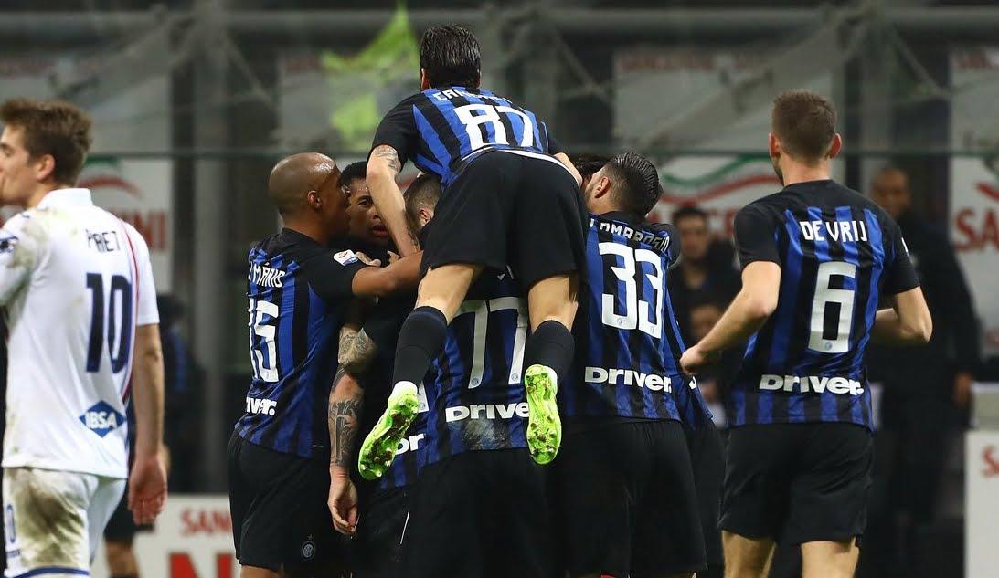 L'Inter senza Icardi vince ancora: 2-1 alla Sampdoria a San Siro.