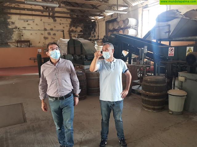 El Cabildo trabajará con los cosecheros y Ron Aldea para dar salida a la producción de caña de azúcar de este año