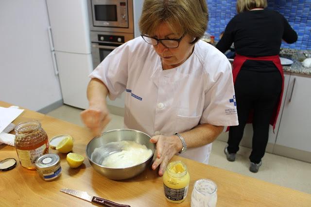 Salsa de yogur y mostaza - Hamburguesas vegetales - Las recetas de la Gincana Lena en Movimiento 2017