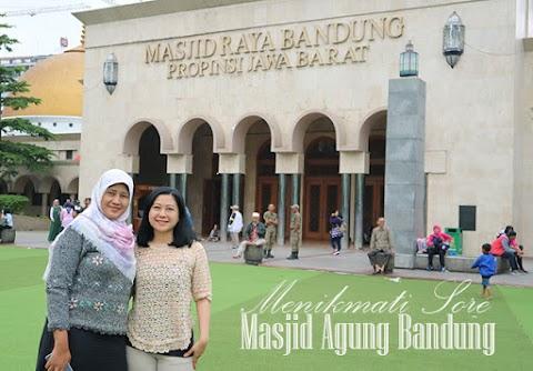 Menikmati Sore di Masjid Agung Bandung