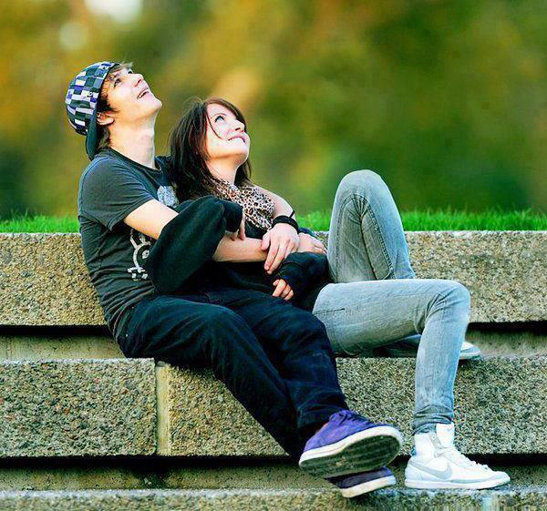 Lovely Couples Images With Quotes: Cute Couple In Love Wallpapers