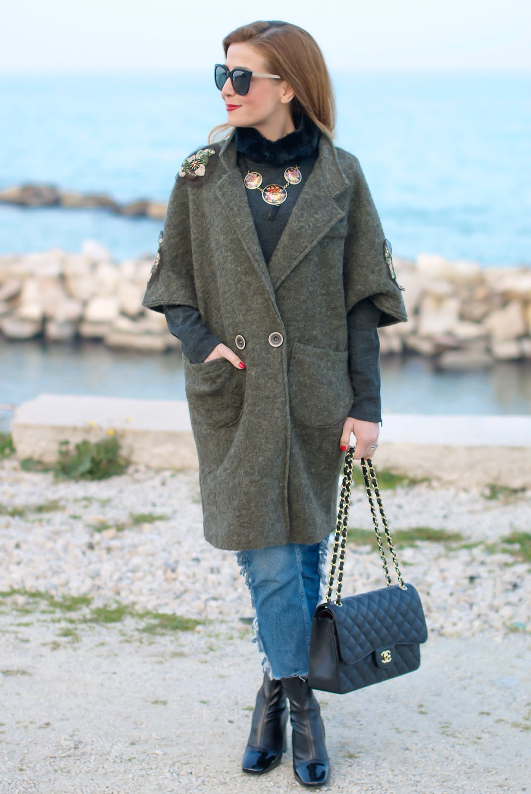 Trendyberry embroidered coat for a street style casual look on Fashion and Cookies fashion blog, fashion blogger style