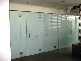 harga cubicle toilet Mojokerto