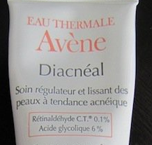 Avene Diacneal Treatment Care for Acne-Prone Skin as it is an excellent alternative to Retino-A.