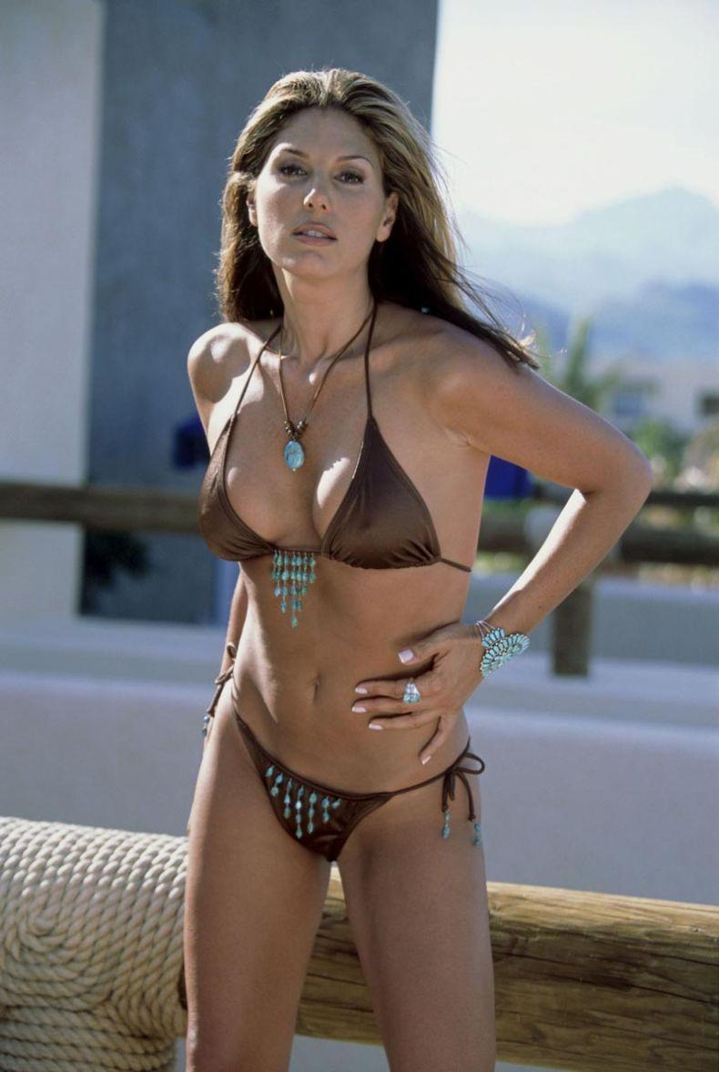 Sexy Hot Daisy Fuentes  nude (35 photo), YouTube, panties