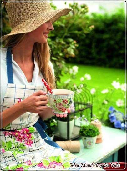 chá no jardim