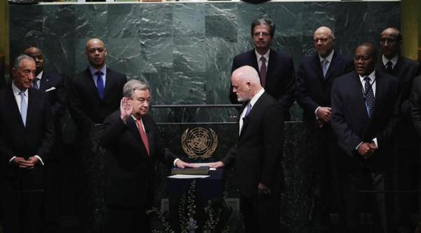 Antonio Guterres presta juramento en la ONU