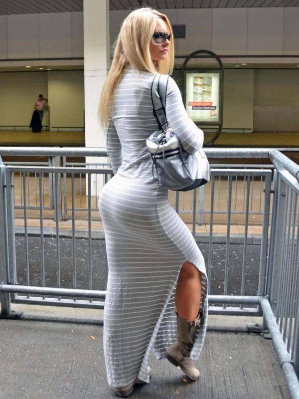 sophie turner butt