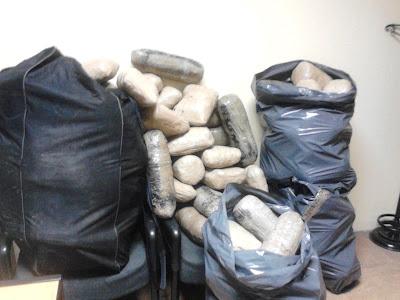 Συνελήφθησαν 3 άτομα με 163 κιλά κάνναβης