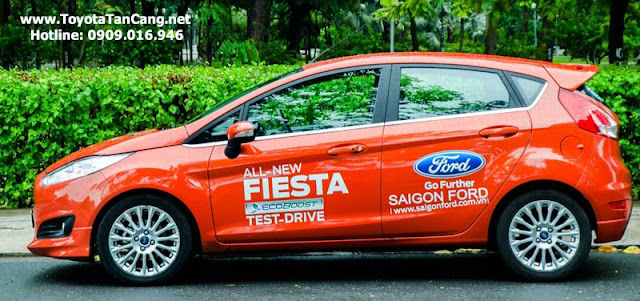 ford fiesta 2014 2 2565 - So sánh Ford Fiesta và Toyota Yaris : Ai là Vua xe Hatchback cỡ nhỏ - Muaxegiatot.vn