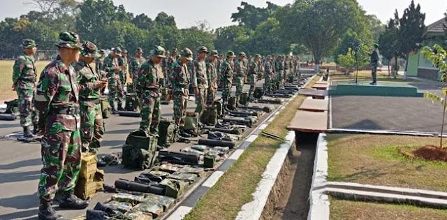 Renovasi Rumah Korban Gempa, TNI Kirim Pasukan Zikon
