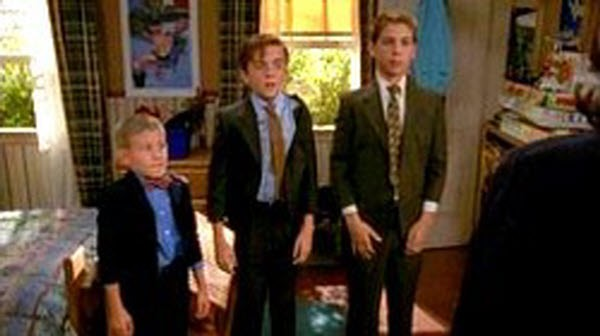 Malcolm in The Middle - Season 1 Episode 11: Funeral