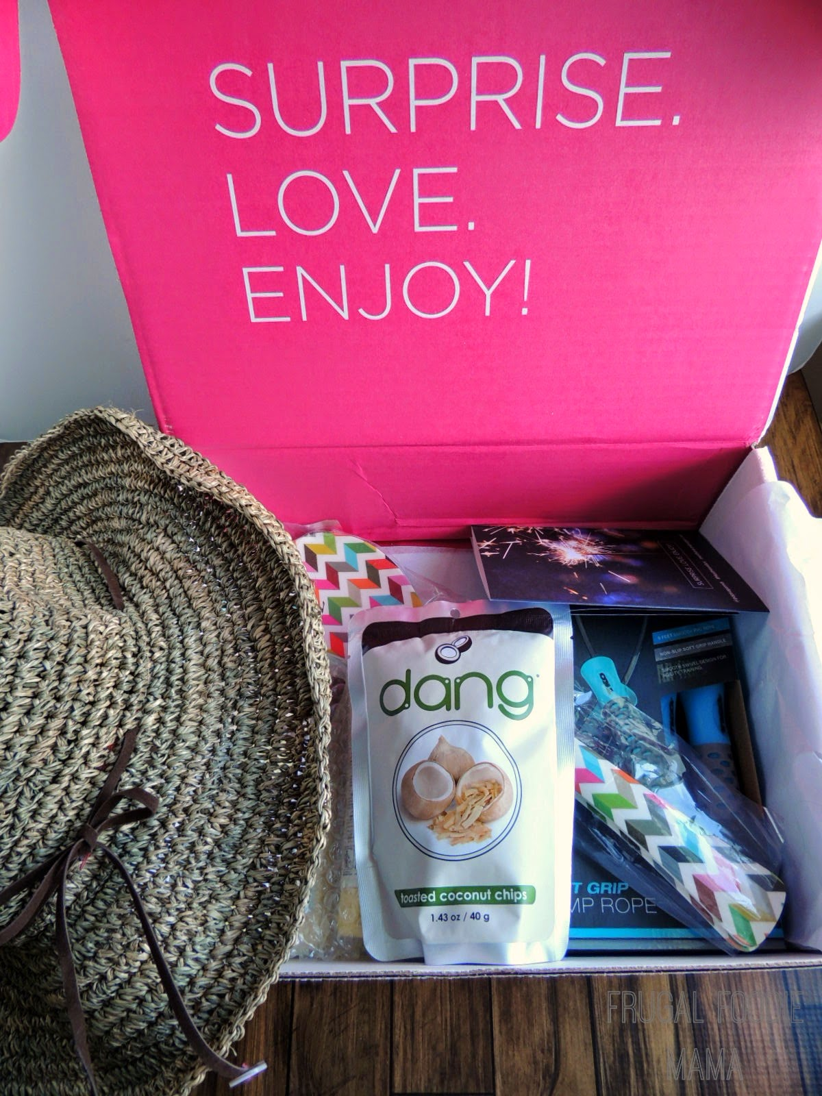 July 2014 POPSUGAR Must Have Box Review + $10 Discount Code! (Good til 7/31/14) #MustHaveBox #Spon