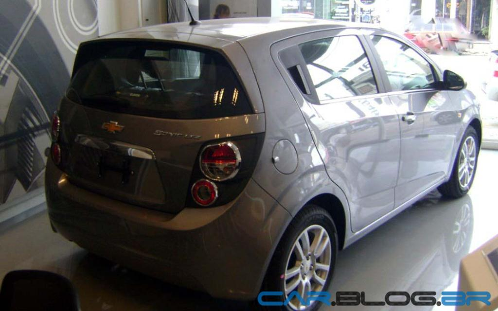 chevrolet sonic 2013 fotos pre os desempenho e ficha t cnica car blog br. Black Bedroom Furniture Sets. Home Design Ideas