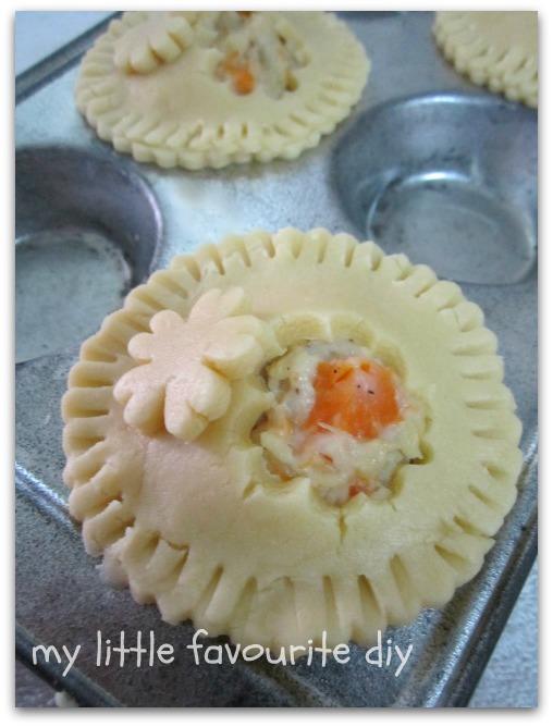 my little favourite DIY: Simple Chicken Pie ~ 超简单的鸡肉派