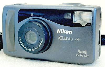 Nikon Zoom 310 AF QD, Front right