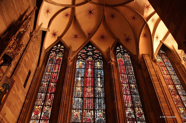 Cathédral Notre-Dame de Strasbourg. Windows and cupola