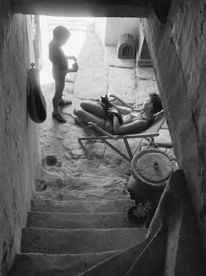 https://undr.tumblr.com/post/174456256652/willy-ronis-la-sieste-gordes-france-1969