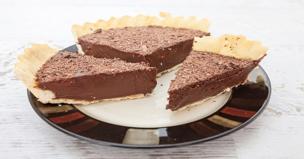 Easy Chocolate Mousse Pie Recipe