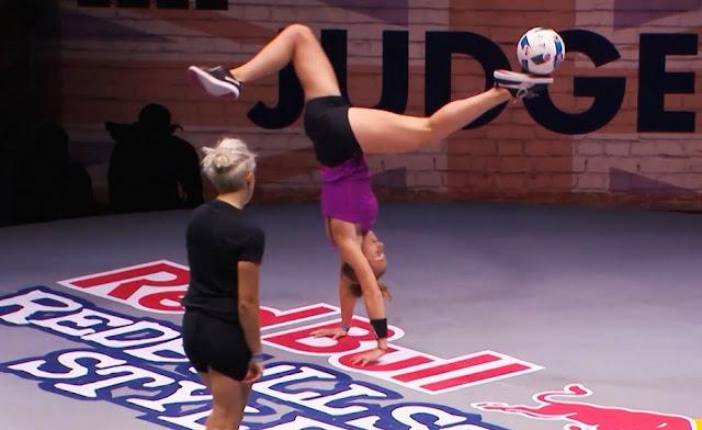 Video: Kejuaraan Sepak Bola Kategori Freestyle