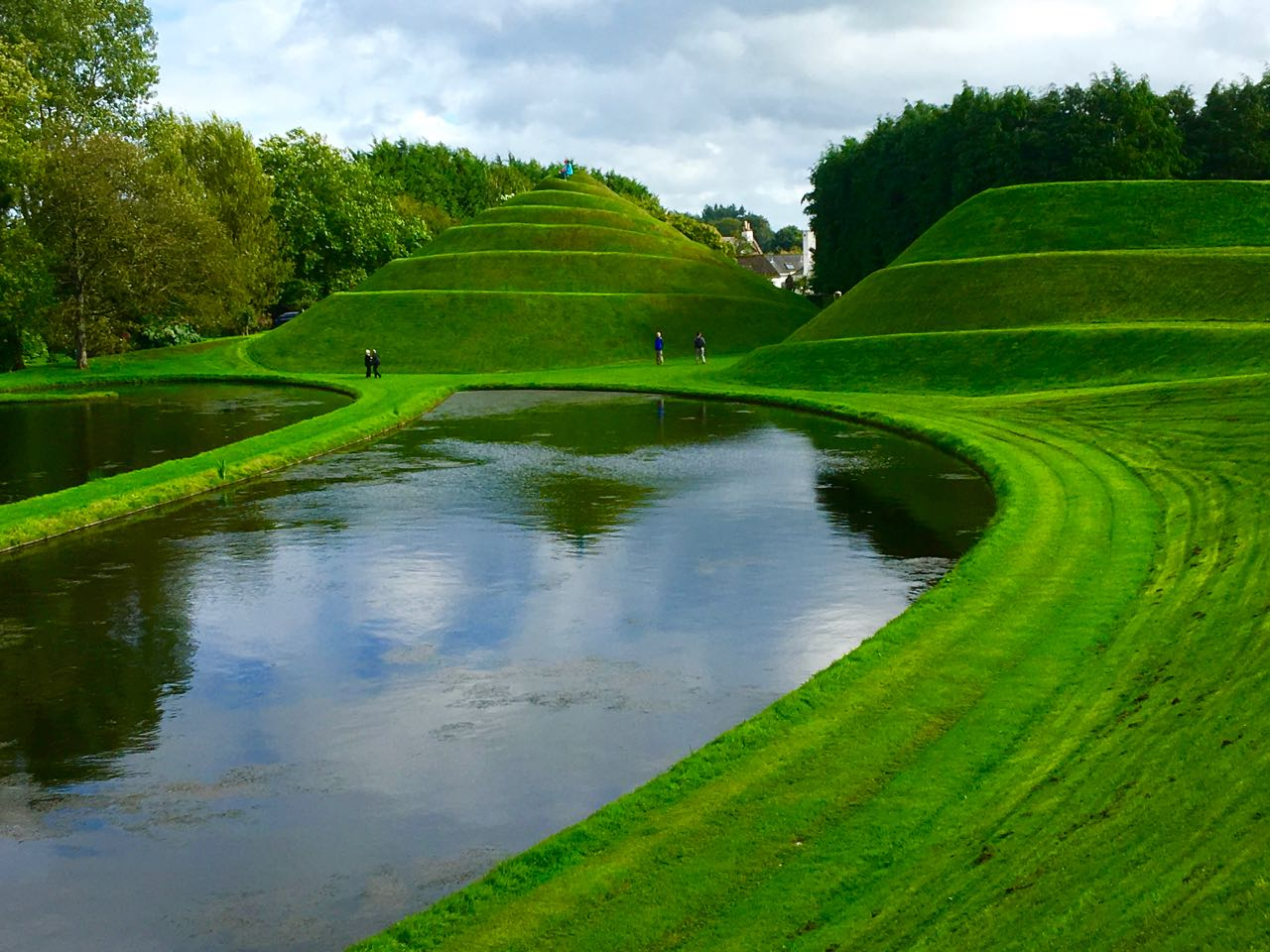 the galloping gardener garden of cosmic speculation open to public on 30 april 2017. Black Bedroom Furniture Sets. Home Design Ideas