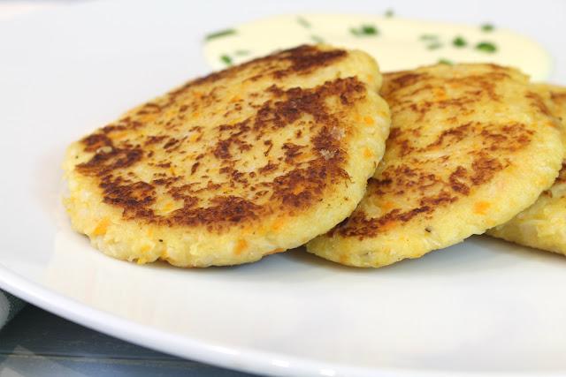 Tortitas de coliflor y zanahoria con y sin Thermomix