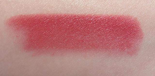 ♥ Rouge Allure Velvet La Raffinée de Chanel ♥