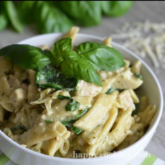 Instant Pot Chicken, Spinach, and Artichoke Pasta
